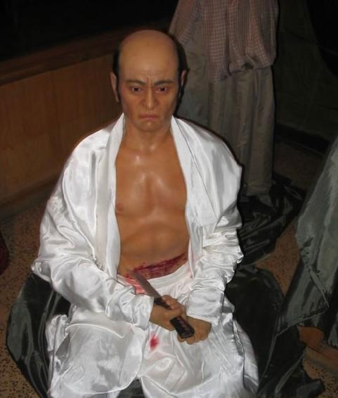 日本武士恐怖的切腹文化