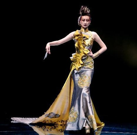 中国著名时装设计师郭培历时3年筹备的