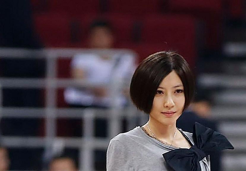 国内最美女球迷盘点:北京金隅夺冠落泪姐走红